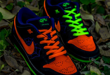 "Nike SB Dunk Low ""Night of Mischief""开箱测评 Nike SB Dunk Low 上脚如何搭配"